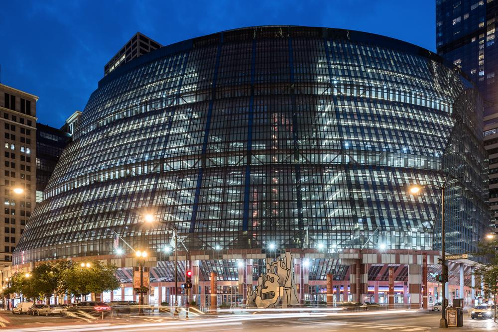 Architectural-Photographer-Serhii-Chrucky-James-R-Thompson-Center_01.jpg
