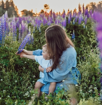 """Get your healing now: """"I am a Good Mom"""" - Use my channeled healing (""""I am a Good Mom"""") to shift your energy instantly! Sign-up below!"""