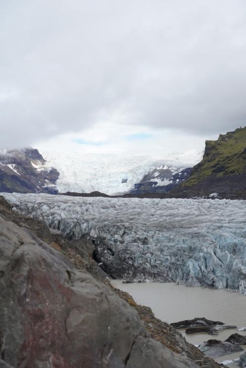Day 2: Svínafellsjökull glaciers - Go for the extra hour drive and go to Jökulsárlón