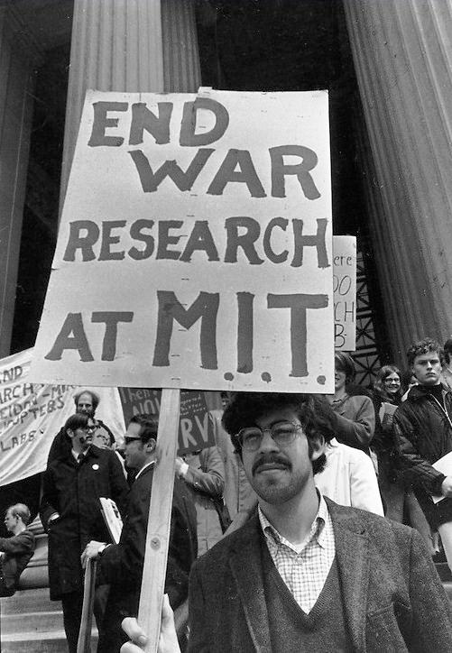 Noam chomsky essays war
