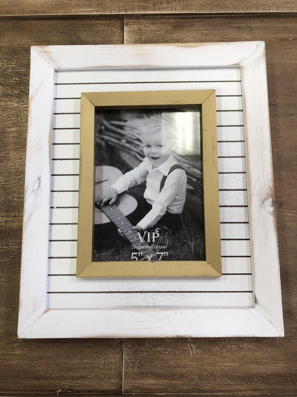 5x7 White Wd Frame w/ White&Gold $28.99