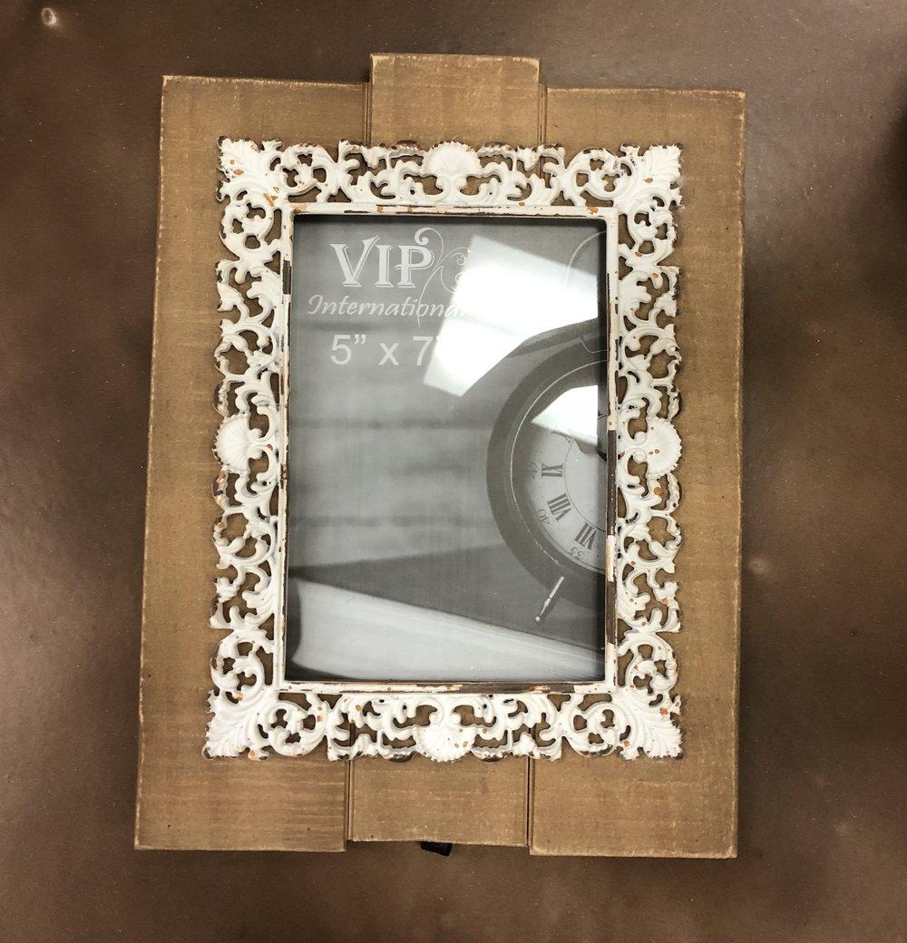 Wd 5x7 Frame w/ White Metal $19.98