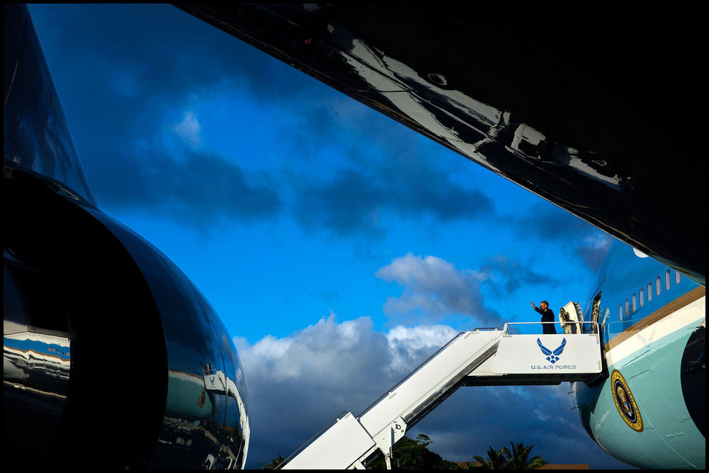 President Obama arrives at Joint Base Pearl Harbor-Hickam in Honolulu, Hawaii, Aug. 31, 2016.