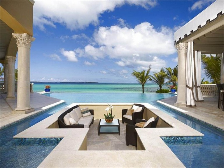 $11,995,000 USD | Nassau, Bahamas | Damianos Sotheby's International Realty