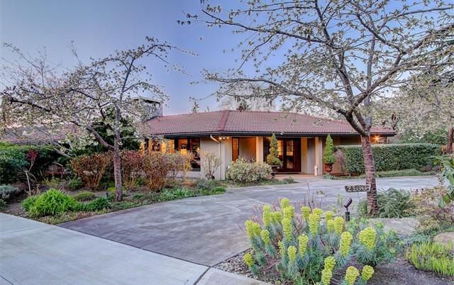 2100 Broadmoor Dr E | $2,277,500