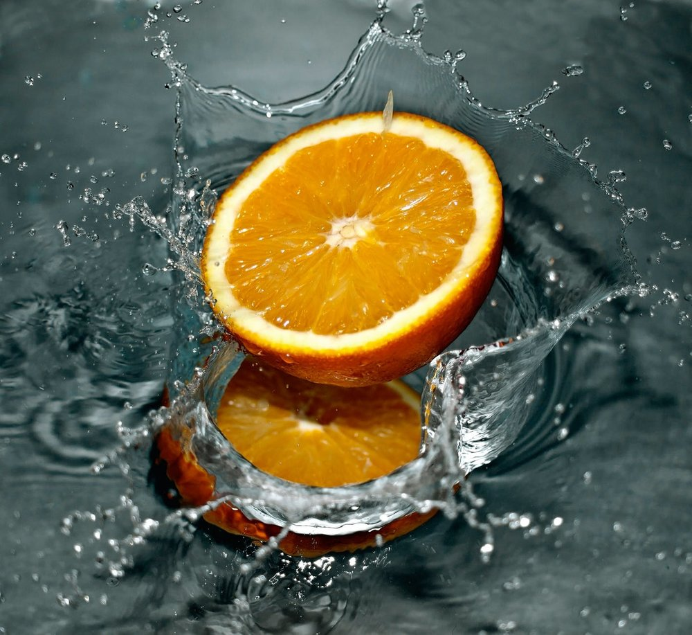 orange-falling-water-splash-67867.jpeg