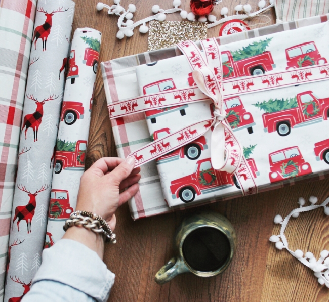holiday rustic gift wrap