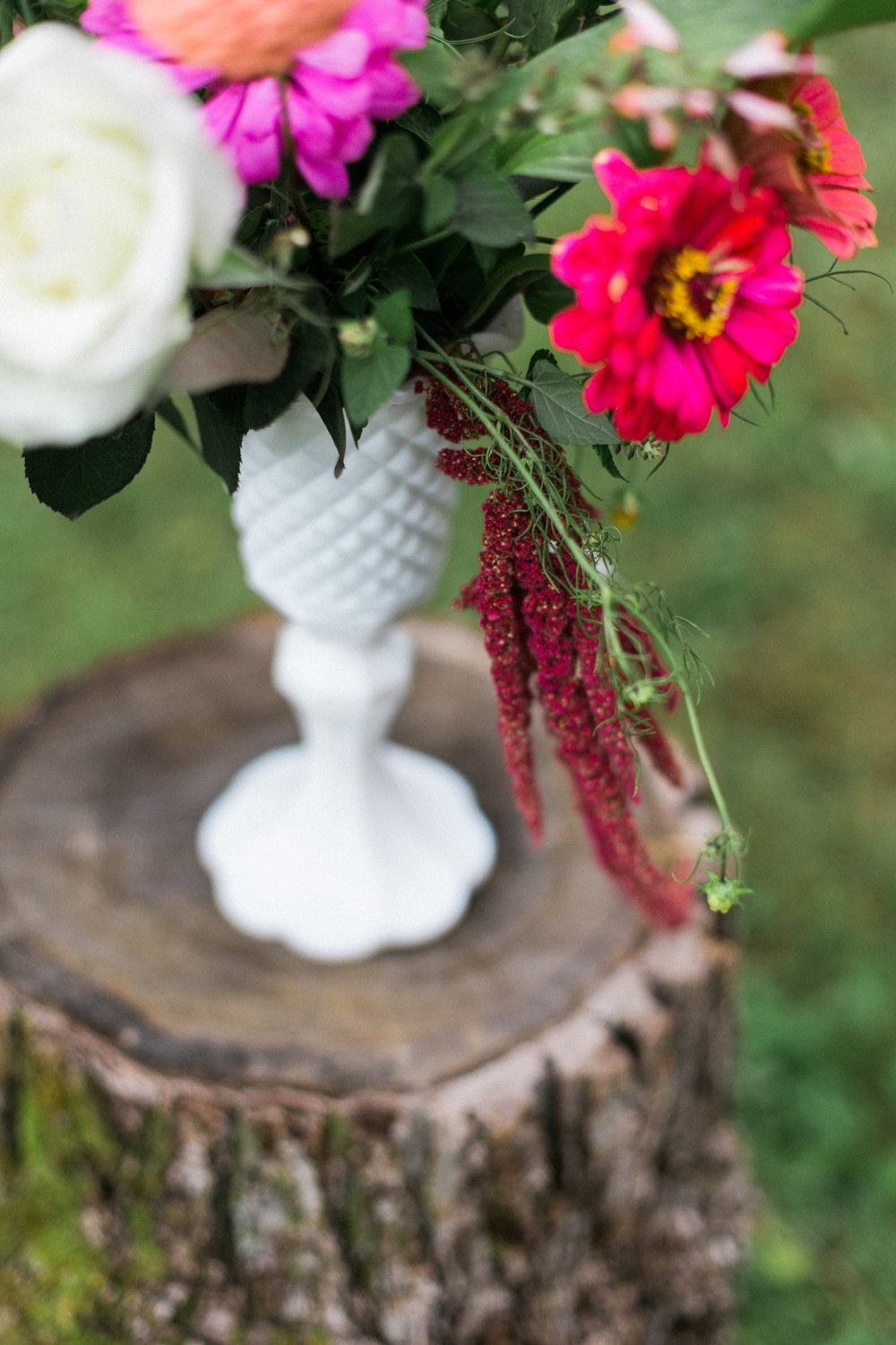 Woodland Wisconsin Wedding | Photography by: Laurelyn Savannah Photography