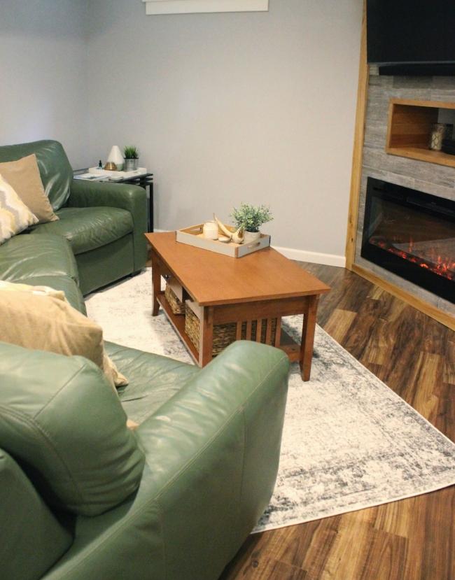rustic modern basement living room | la petite farmhouse
