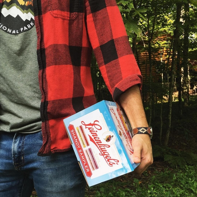 outdoorsy flannel and leinie's | la petite farmhouse