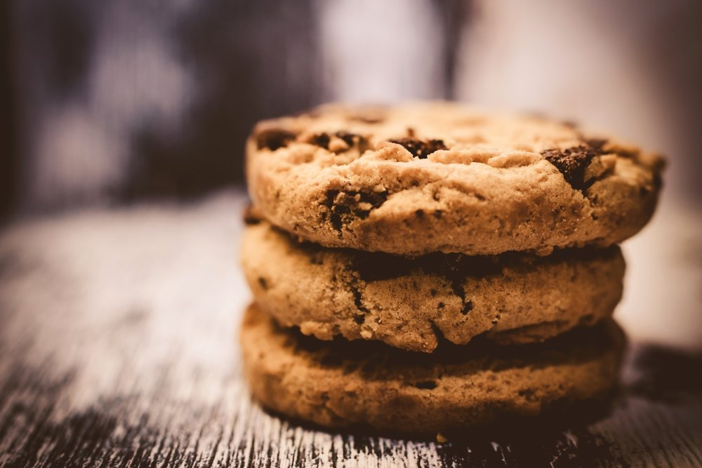 Smith & Hanks: Delectably Soft Air Fryer Chocolate Chip Cookies