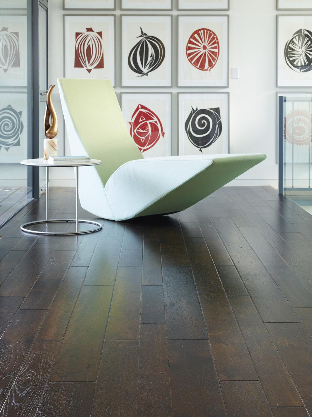 Interiors Stylist:  Stephen Pappas