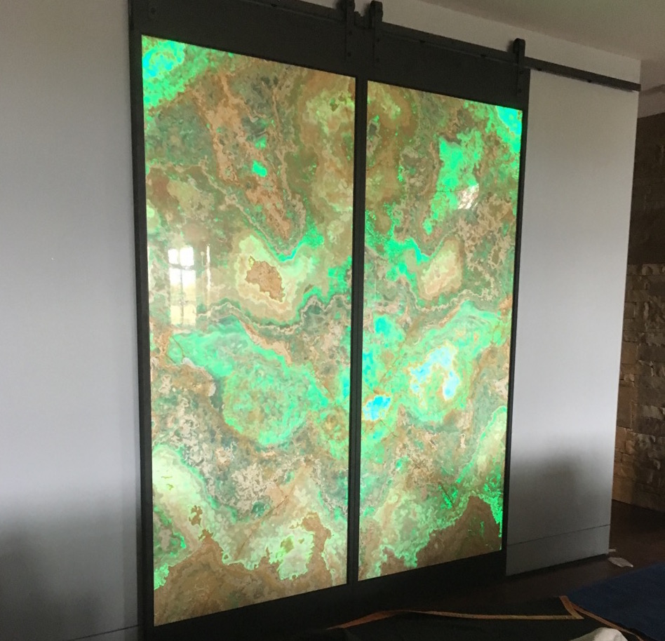 sliding doors green LEDs.jpg
