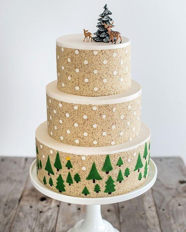 I could not resist a winter theme. #entremetweddingcake #celebrationcake #decorativejaconde #luxerycake  Photo by Aubrie LeGault Photography @pdxfoodphotos