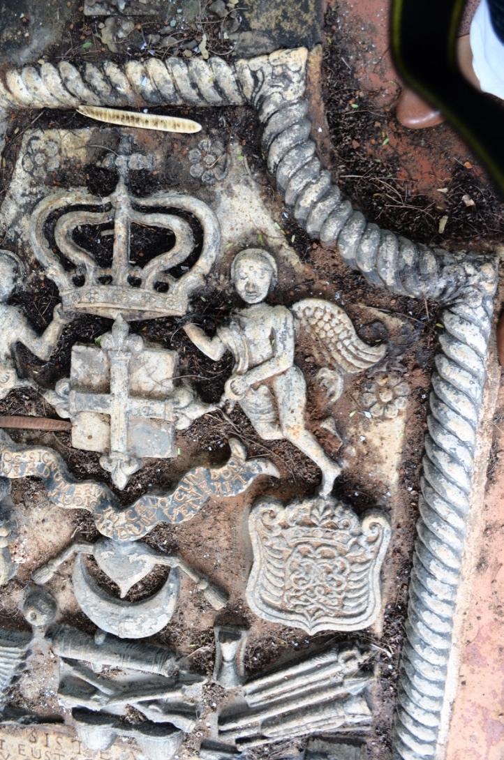 De Lannoy Tomb Detail