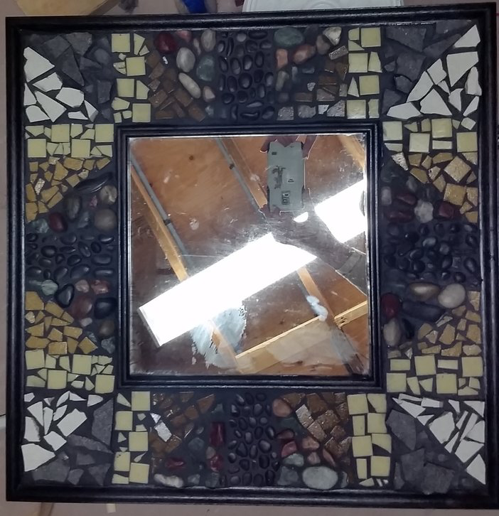 This mosaic mirror is a creation of the Grade 6 class - thanks to Viola Baptista and Gabriela Gérard for coordinating!  Opening Bid: $50 Bid Increments: $10 Class Code:  Name, G6-(place bid)