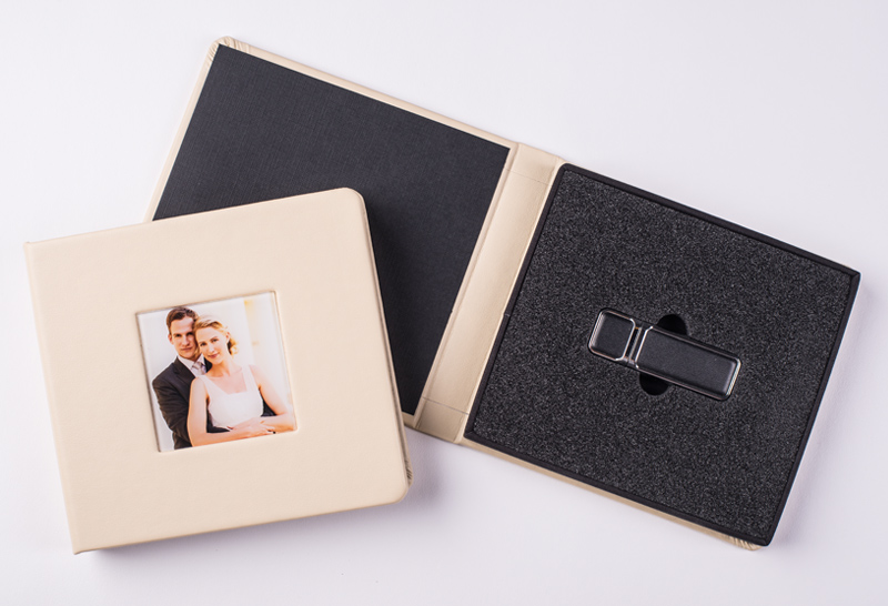 wedding usb stick and box