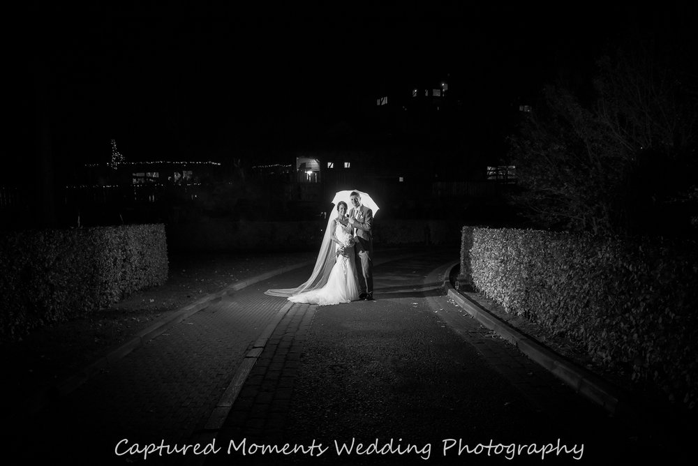 www.capturedmomentsweddingphotography.co.uk-22.jpg