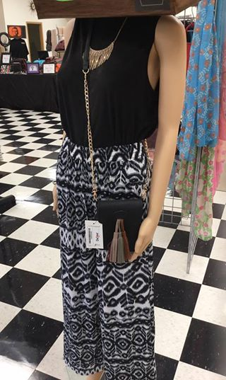 VLD Pallazzo Pants - White and black print, solid blackSuper cute and perfect to dress up or have a comfy day!$27