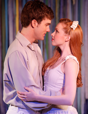 Erik Altemus as Matt and Kimberly Whalen as Luisa in  The Fantasticks .