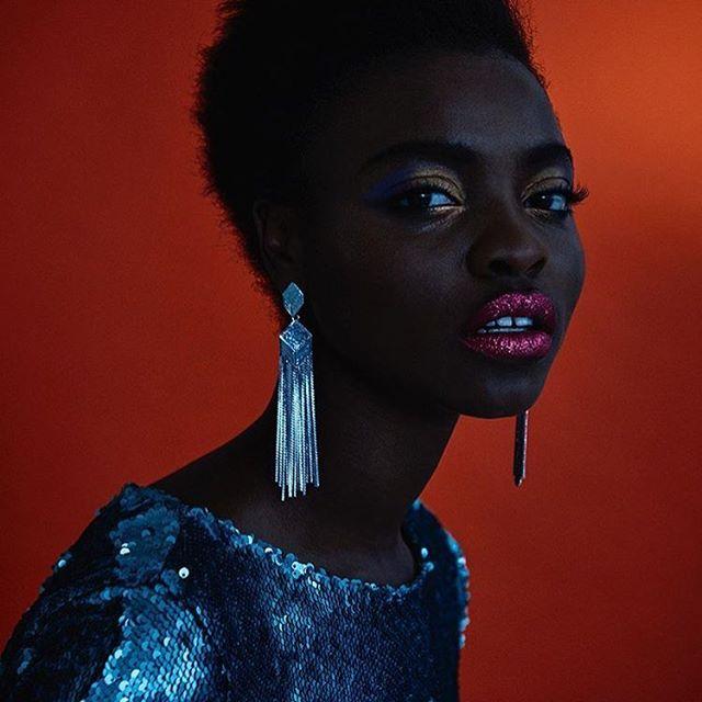 Black + Gold. Photo via @jacquesweyersstudio #blackgirlmagic #beautiful #model #fashion #naturalhair