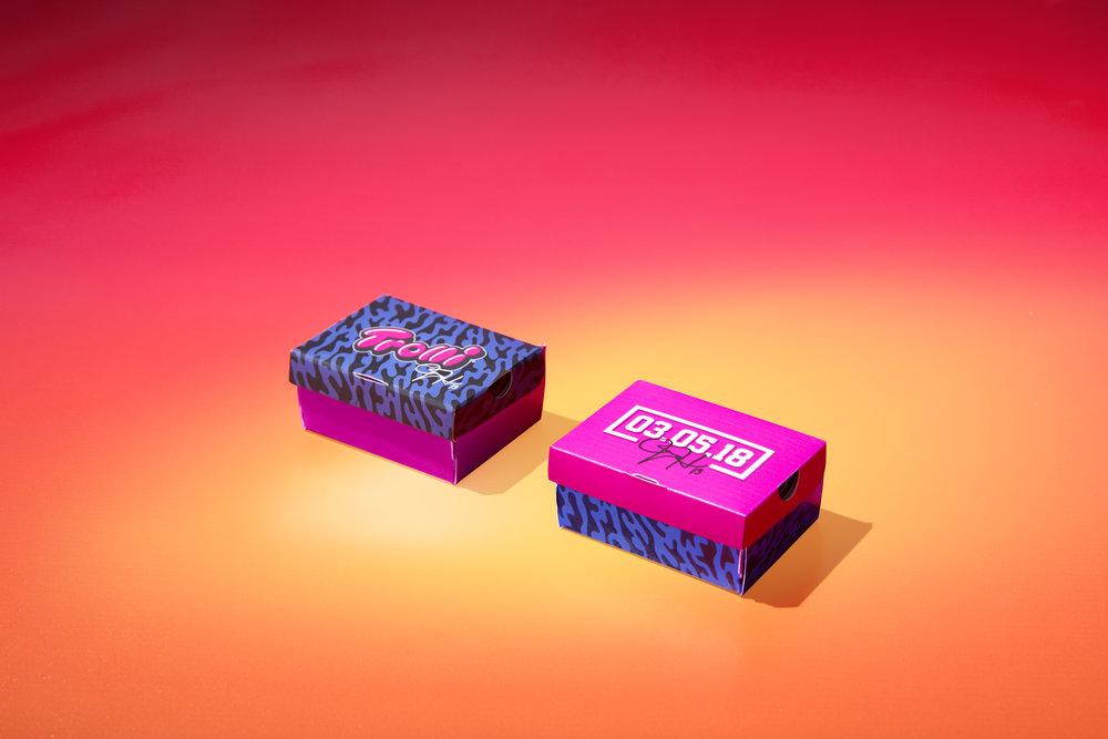 Mass Sampler Mini Box_Duo Closed_19148-DH-02.jpg
