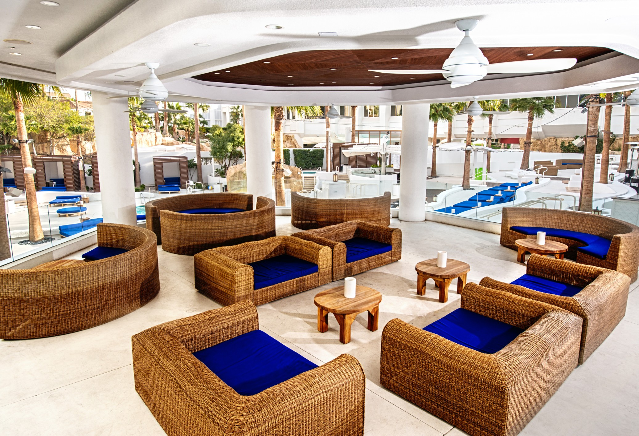 Beach Club - veranda