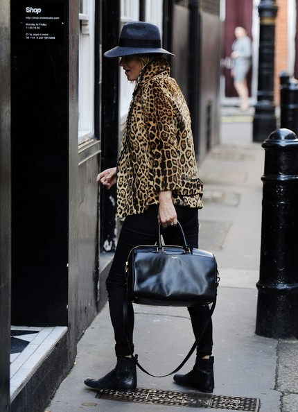 Kate+Moss+Tote+Bags+Leather+Tote+C29s5Ncl1r3l.jpg