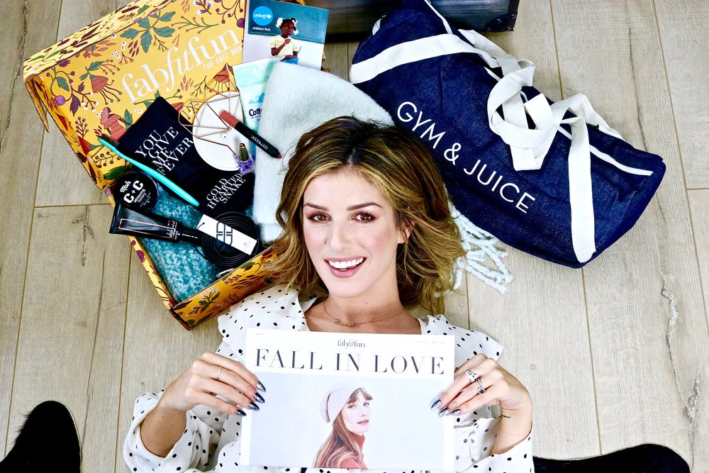 Click this pic to get your own fall box now! Use code 'LALABLOG' at checkout for $10 OFF!!! xo