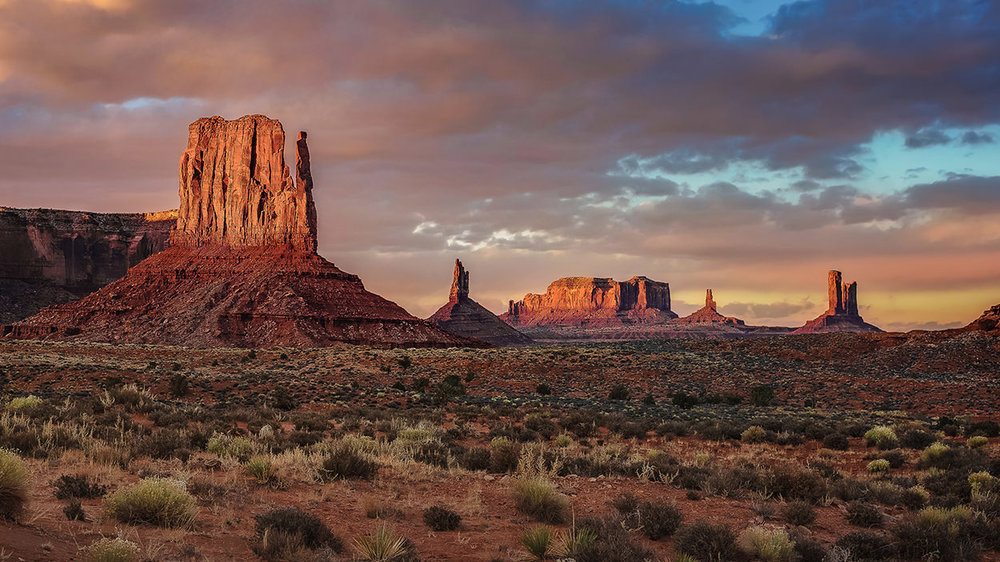 American Southwest - The American Southwest offers hundreds of unique photographic opportunities including sweeping panoramas, mesmerizing slot canyons, amazing sandstone formations and the Grandest of Canyons.