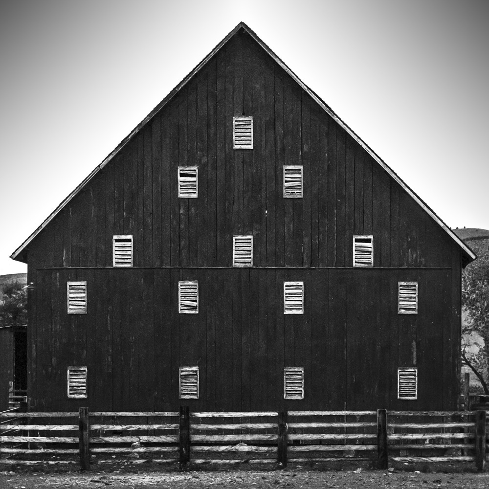 Oregon Barn 2105.jpg