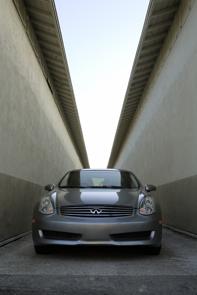 Sutherland_D_g35_alley_front end.jpg