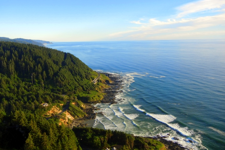 Oregon Coast Tours - $129 Heading directly west on the Sunset Highway toward the coast, we'll quickly leave enter the Clatsop and Tillamook forests, home to towering Douglas-Firs. Our first stop be at the famed Haystack Rock on Cannon Beach. Then we'll head south on the iconic Pacific Coast Scenic Byway (Hwy 101,) passing beautiful beaches and stunning coastal views. Lunch for the day will be in the quaint seaside town of Manzanita where guests can enjoy lunch at a local cafe, explore the 7-mile beach, grab a cup of coffee, or poke into the boutiques on Laneda Avenue. Continuing southbound, we'll pass wildlife rich estuaries, sweeping bays and more scenic seaside villages. One of the final stops will be at the Tillamook Cheese Factory! On our drive back to Portland we'll follow the relaxing Wilson River through the Tillamook State Forest. *Insider's Tip – Dress in layers and come prepared to wildlife watch!