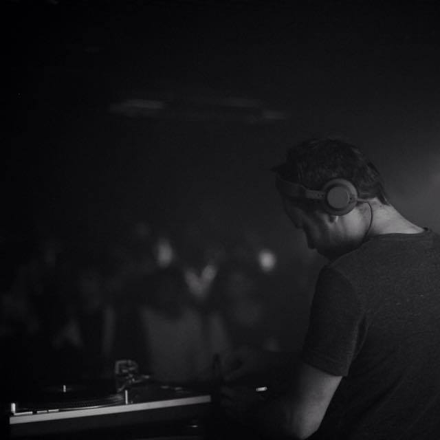 TPLT DJ'S (SUPERLATE)   MERCREDI 11 JUILLET - FRANCE 1 BAR DE LA MER