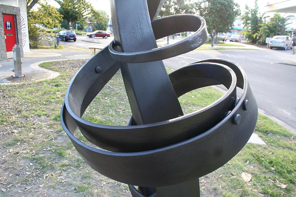 Mairangi bay sculpture detail.jpg