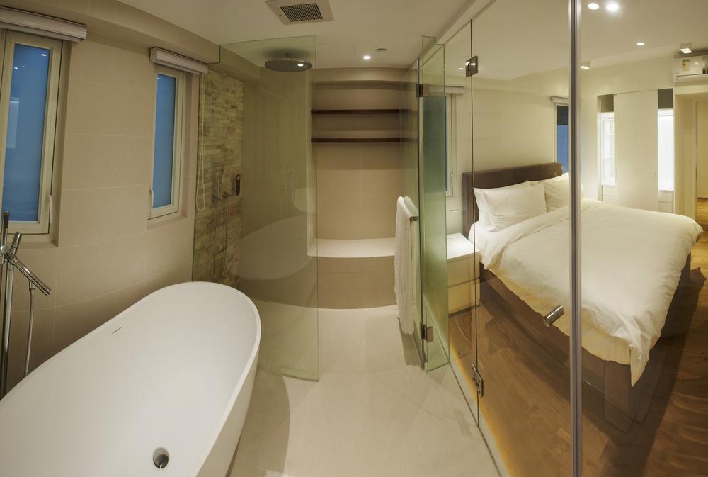 bath & bed 1.jpg