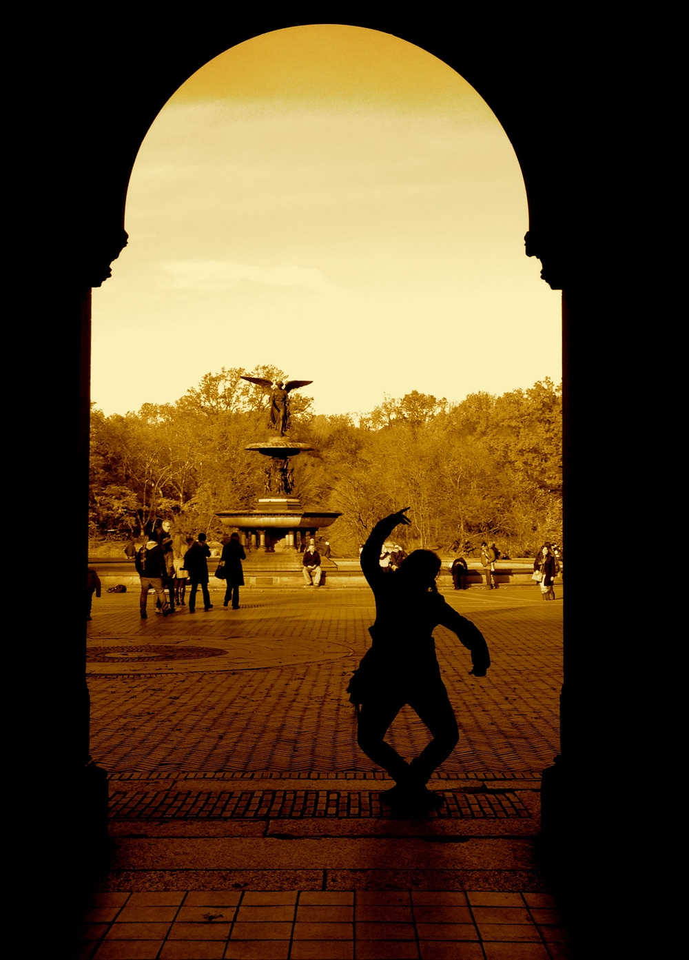 dancing girl1.jpg