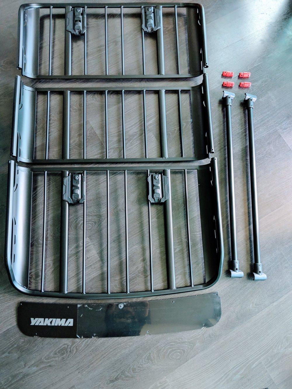 """Yakima Off-Grid Basket (Medium) + 18"""" Extension"""