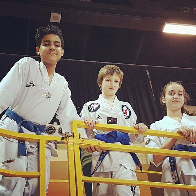 Le stress avant la compé? Connais pas #dando #coupedando2017 #taekwondo #montreal #nostress #0stress