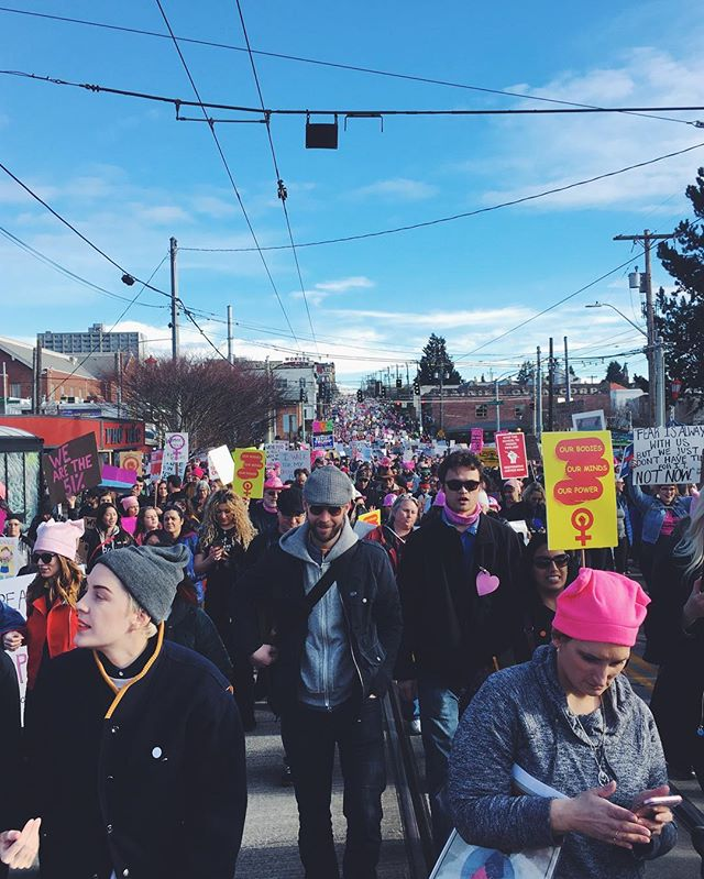 130,000 strong. As far as the eye can see. #womxnsmarchseattle