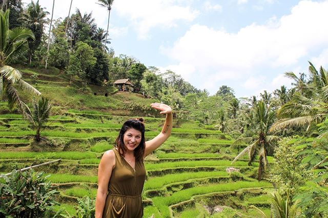 Raise your hand if you love Bali. . . . . #bali #indonesia #travel #trip #explore #podcast #podcaster #comedy #listentome #relationshipproblems #linkinbio