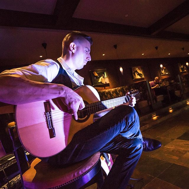 A fantastic #friday at @azcountryclub. Members, welcome to Acoustic Fusion® at ACC 😁🎸🎼🌀🎶 . . . . . #youngslav #bulgarian #countryclub #luxury #summer #luxurylife #countryclublife #lifestyle #wedding #eventplanning #party #weddingvenue #photography #clientexperience #legend #azevents #azwedding #arizonaweddings #eventplanning #venues #azweddings #phoenix  #scottsdale #photooftheday #hustle #artist #acoustic #live #aznightlife
