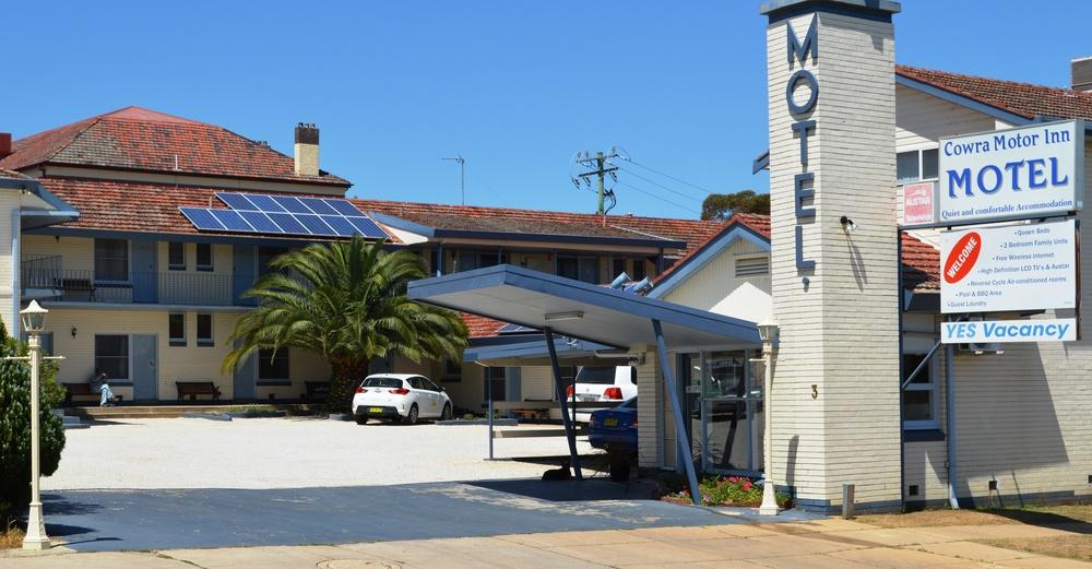 Cowra Motor Inn 1.jpg