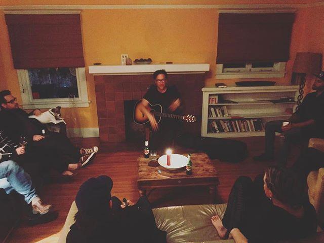 Amazing taft times at the shack! @dempseyblues @getjackdempsey @kainoa_henry @kimberly.j.walsh @thedoug2000 @caroleelaine @eddienavarro7 @smjb007 #beautifulsoul #beautifulmusic #la #music #acoustic #framily