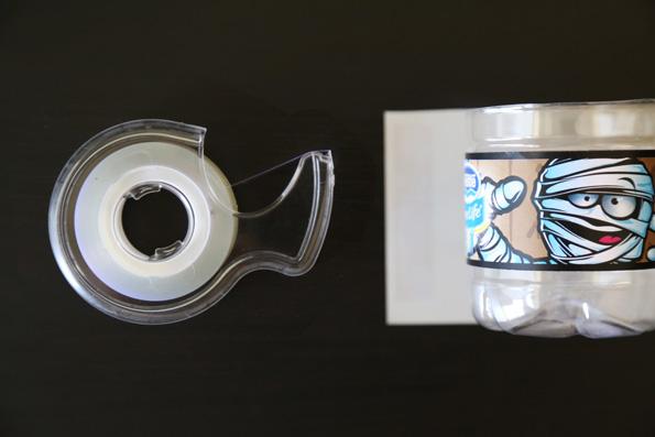 Nestle-DIY-Crayon-Holder-Step-4-595px.jpg