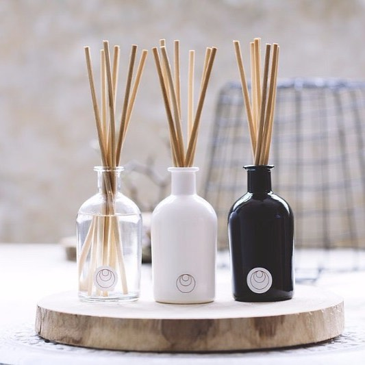 Can't wait for this Saturday's Discovery Markets!  @scenteddrops will be joining us with their beautiful diffusers, bath and body care & essential oils. Great gift ideas for Christmas or a nice treat for yourself! #seriouslydecent #DM #sydney #local