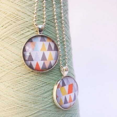 Only 2 more sleeps until Discovery Market!!! Check out these beautiful #geometric pendants from @nattydesignsau that will be available Saturday! #seriouslydecent #DM #local #sydney
