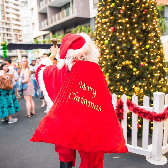 Happy holidays to our Discovery Market family!  Have a safe and wonderful holidays and we will see you in the new year from DEC 3rd!  #DM #local #sydney