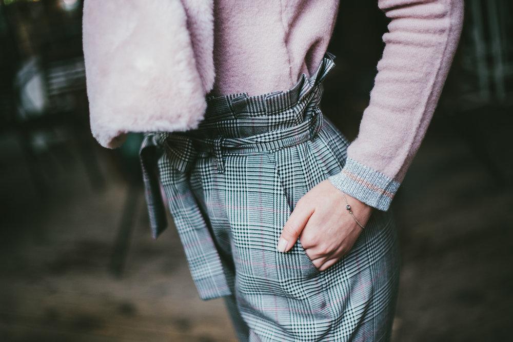 Панталони- Motivi