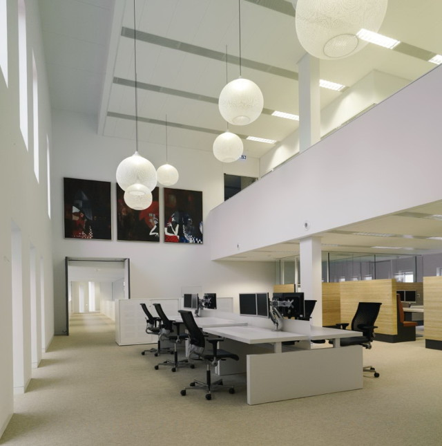 modern-office-lighting-fixtures-640x645.jpg
